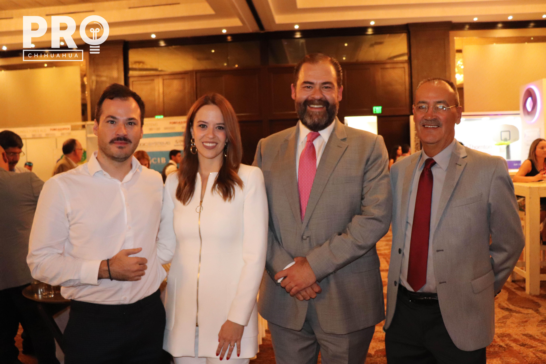 Noel Aguilera, Alejandra Penagos, Sandro García-Rojas y Adan Bencomo