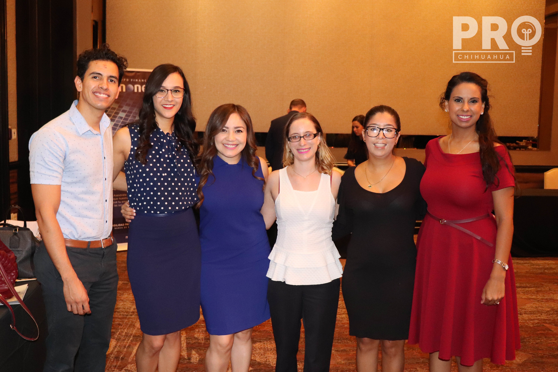 Jonathan Sagredo, Mónica Trillo, Melissa Escalante, Iris Benítez y Ana Loya