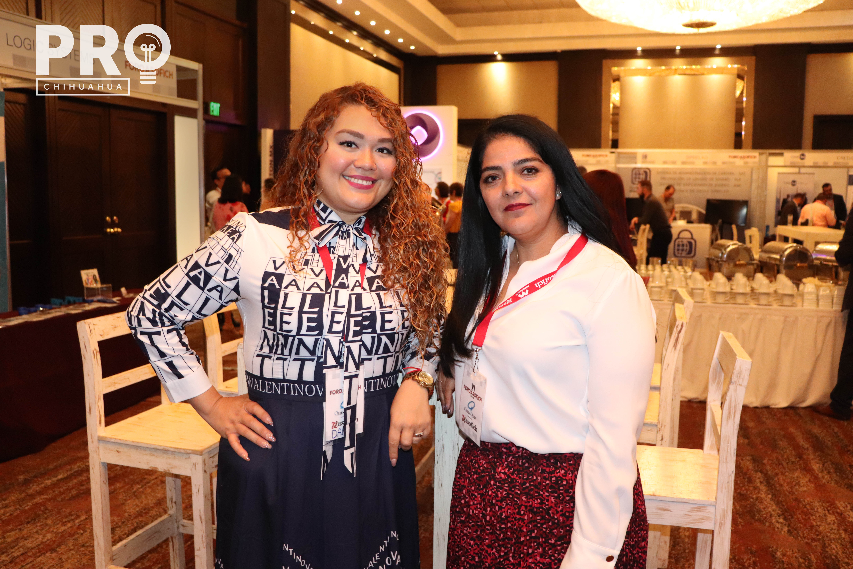 Dafne Martínez y Claudia Castañeda