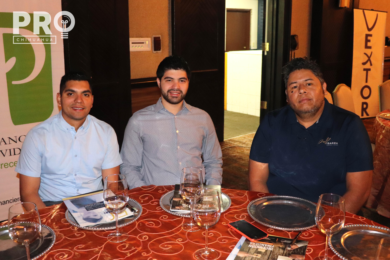 Eduardo Higuera, Ricardo Calles y Manuel Canales