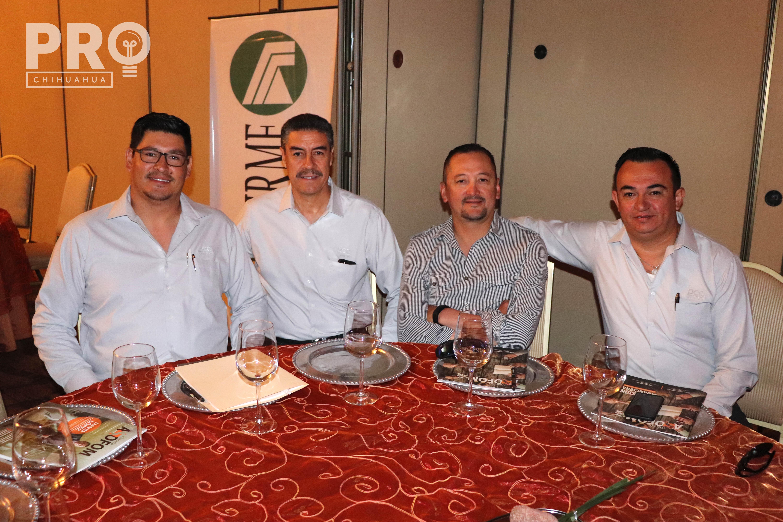 Raymundo Gutiérrez, Raúl Flores, Guillermo Madrid y Joaquín Mendoza